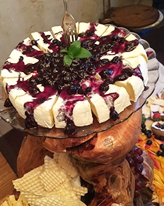 inspirations-catering-charcuterie-brie.jpg