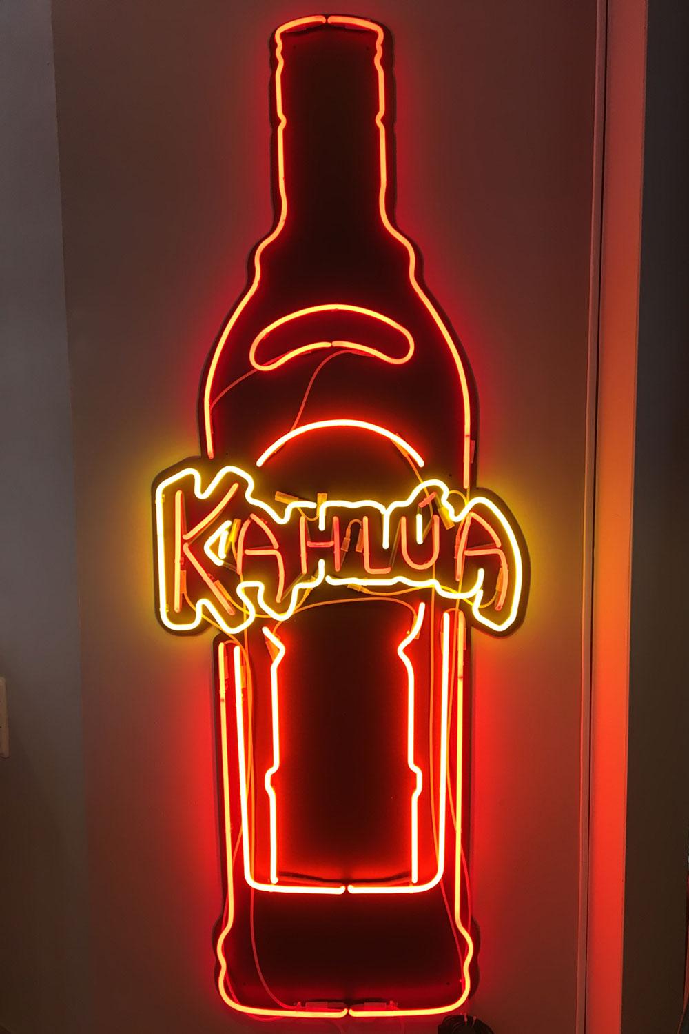 Neon-sign-Kahlua-Ronny-Bergfeldt.jpg