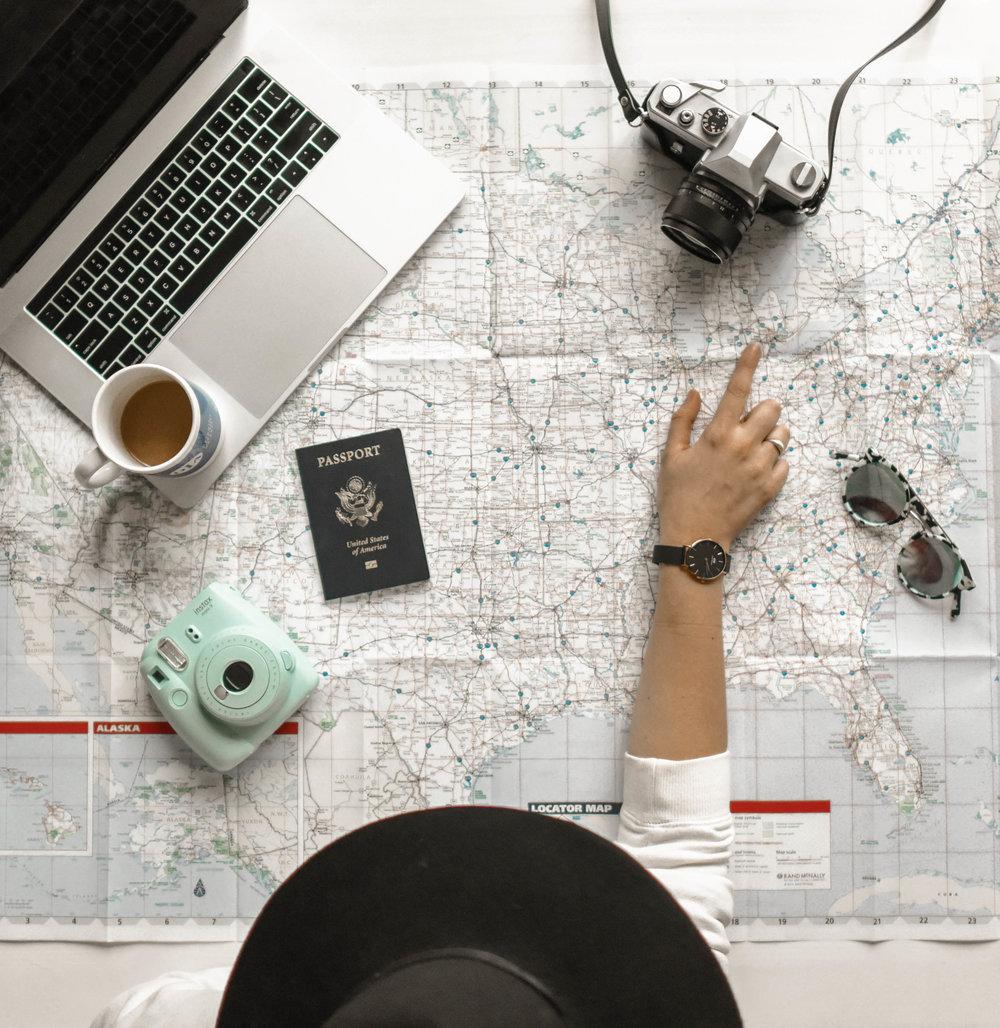 kit do viajante - ✔ Reservar voos »✔ Reservar hotel »✔ Alugar carro »✔ Seguro de viagem »