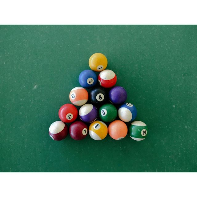 Pool balls⁣ ⁣ ⁣  #visualnotes #design #colours