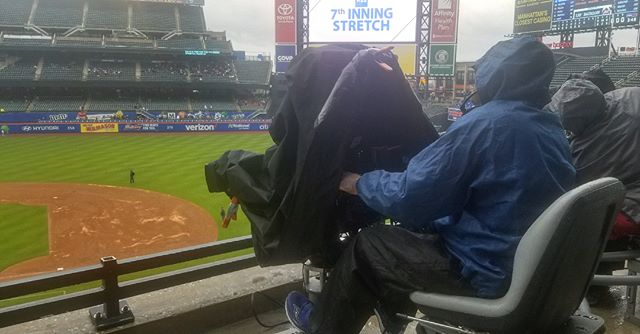 The rain won't keep us from the work! Here's our faithful CEO Willie Velazquez filming a wet day of baseball with our #Mets. — #nymets #lgm #newyorkmets #rain #rainorshine #raincheck #baseball #production #bigscreen #⚾️
