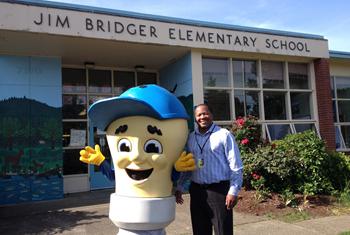 PGE Larry The Lightbulb at Bridger School