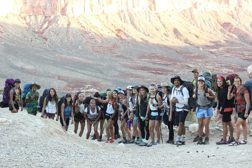 The crew at the begining of our 12 mile hike into Havasupai.