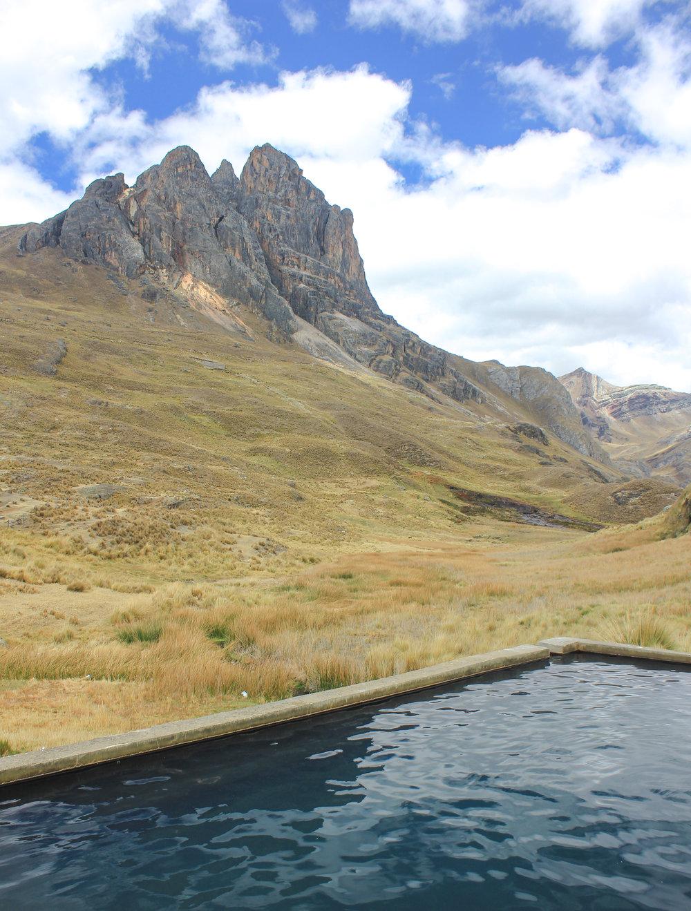 Viconga hot springs.