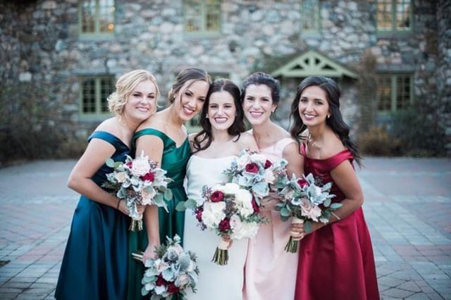 Wedding + prom season is finally here! Let us do what we do best-- B E A U T I F Y ✨  Artist: Natalia F.  #weddingszn #promszn #makeup #mua