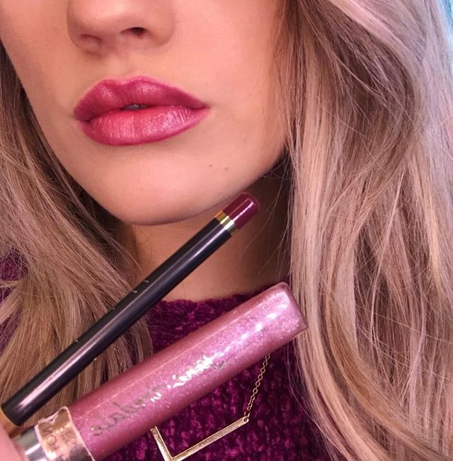 Happy Easter, Bella beauties! Bring a little fun and brightness to your look today with our favorite lip goodies from @janeiredale 💄  RG: @janeiredale  #janeiredale #ciaobellabeautybar #mua #makeup #springlook #boldlips