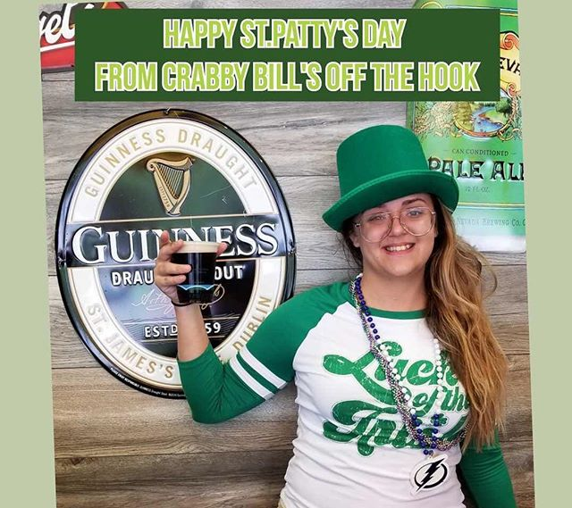 Happy St. Patrick's Day!! Join us for food specials, happy hour, and live music! 🍀 • • • #crabbybillsoth #crabbybills #westchase #pinellas #hillsborough #happyhour #livemusic #tampabay #seafood #dontworrybecrabby #offthehook #tampa #the33626 #supportlocal #eatlocal #drinklocal #whatshappeningwestchase #tampafoodie