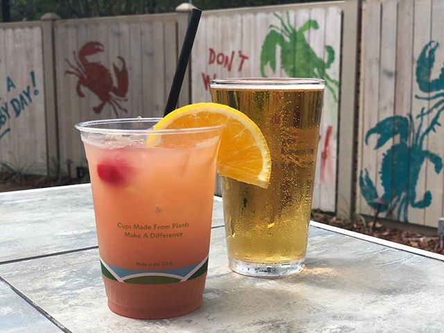 Happy Friday! Start the weekend off right with us at Crabby Bill's Off The Hook! 🎶 Live music with Wayne Levy 7-10pm 🍻 Happy Hour 'til 7pm 🍹 $5 Crab Traps all day long 🦐 $8 Friday Special: 1/2 pound Old Bay Boiled Shrimp