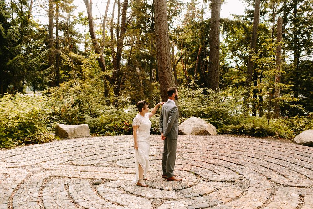Bainbridge-Island-Backyard-Wedding (8).jpg