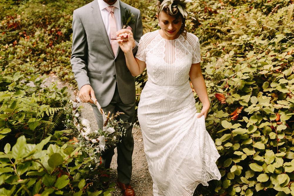 Bainbridge-Island-Backyard-Wedding (10).jpg