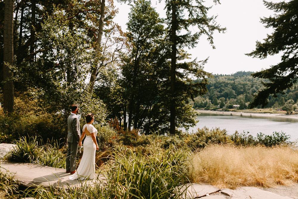 Bainbridge-Island-Backyard-Wedding (11).jpg