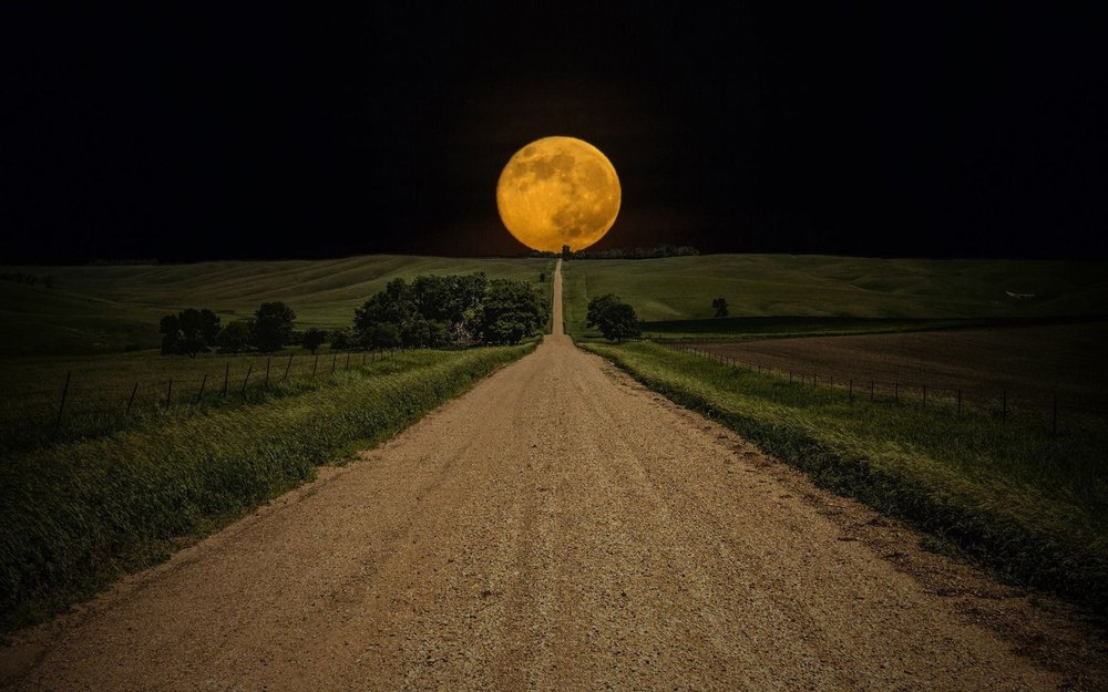 full-moon-at-the-end-of-the-road-photography-hd-wallpaper-1920x1200-9902.jpg