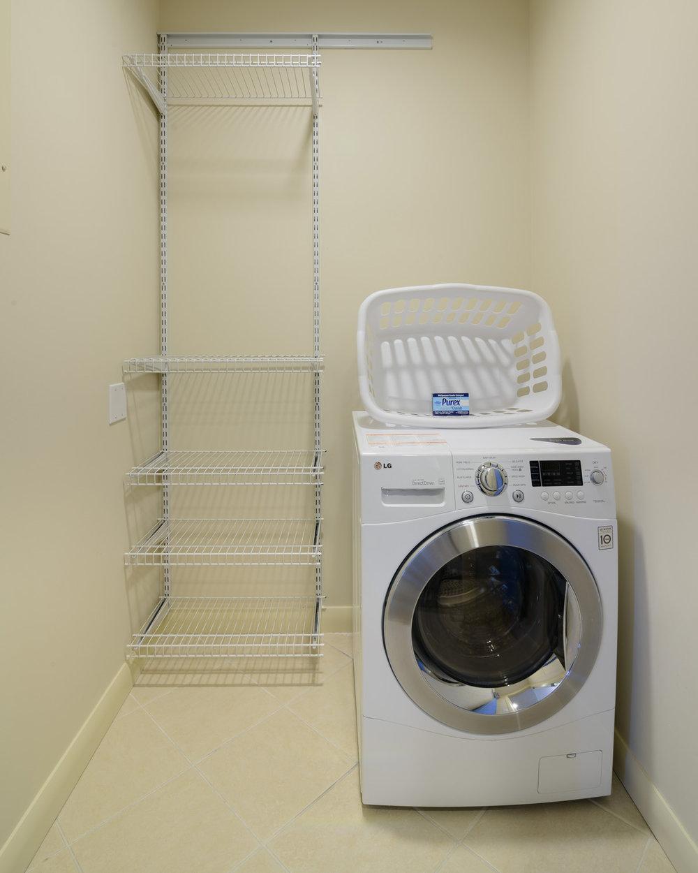 Apartment Hotel Washer Dryer