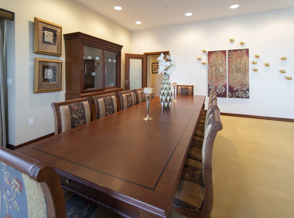 Penthouse - Formal Dining Room