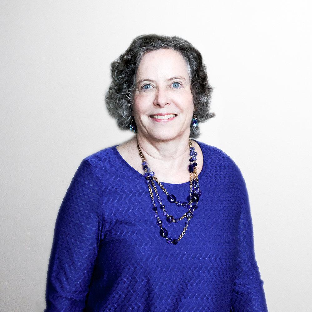 Carolyn Battle.jpg