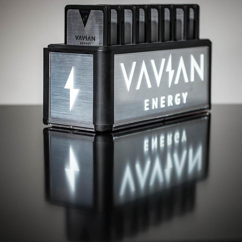 VAVIAN-1.jpg