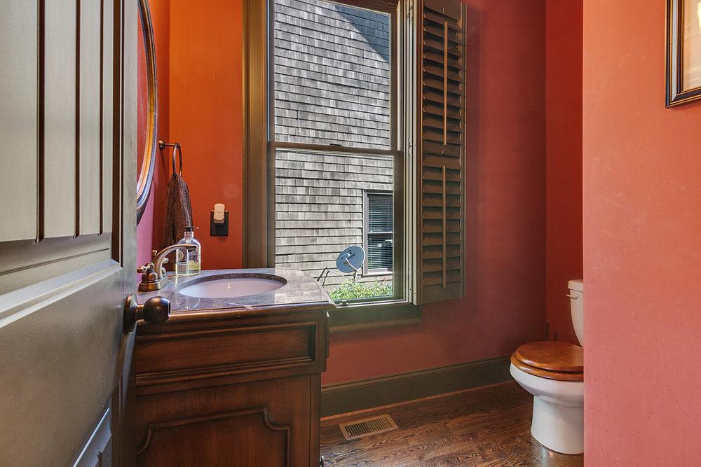 Bath-012.jpg