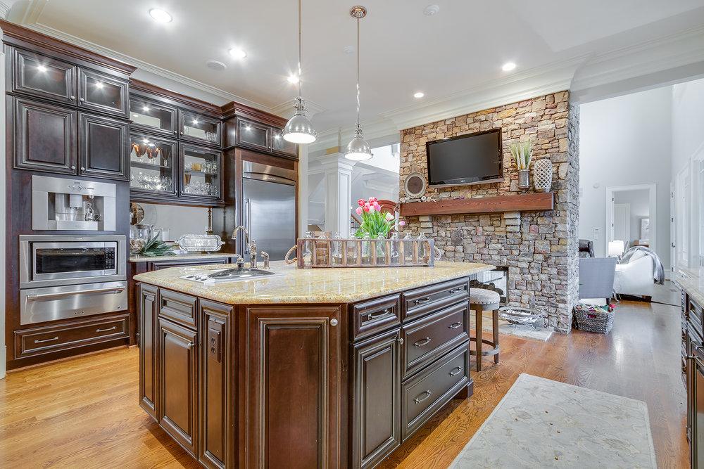 Kitchen-004.jpg