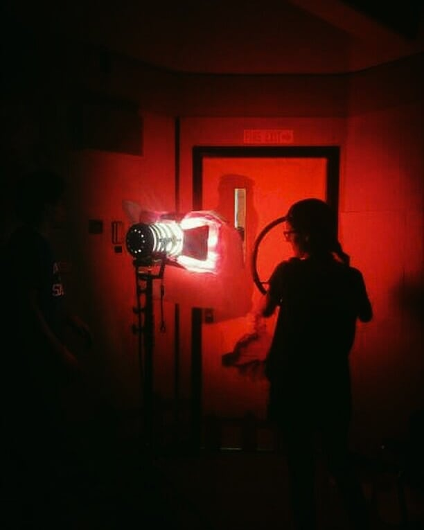I love me some red light.  #dop and #cameraoperator for @projectlimelight 🎥 . . . Directors: @christachedraws @timwcarlson . . #filmmaking #film #indiefilm #red #lighting #behindthescenes #movie #moviestills #beauty #art #cinemtography #femalefilmmaker #womeninfilm  #light #indie #projectlimelight #vancouver