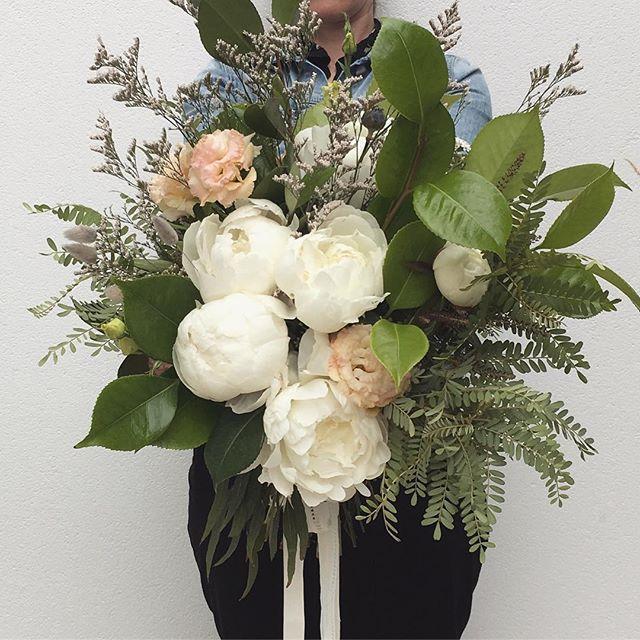 Wild and freeeee 🍃🍃🍃 Almost time to say goodbye to peonies for this year #seeyounextyear . . . . . . . . #floreticaflorist #floreticafloristweddings #flowers #weddingflowers #bridalbouquet #christchurchflorist #florist #nzflorist #floreticafloristpastel #goodbyepeonies #peonies
