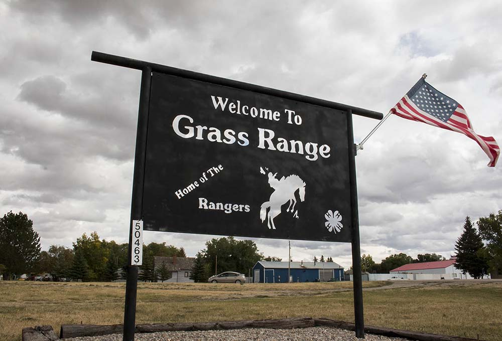 A 2016 census determined that the population of Grass Range is 108 people. Grass Range is part of Fergus County, Montana.