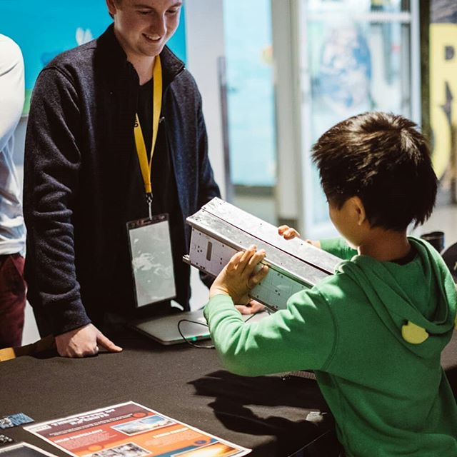 Here are some shots from our Girls and STEAM Showcase and Symposium at Science World, a pivotal event in which we got to DOUBLE our outreach numbers, going from 4220 to 8580 number of total people reached out to! 🚀🚀 Special thanks to David for the awesome pictures! [Part 2/2] #SFUSAT