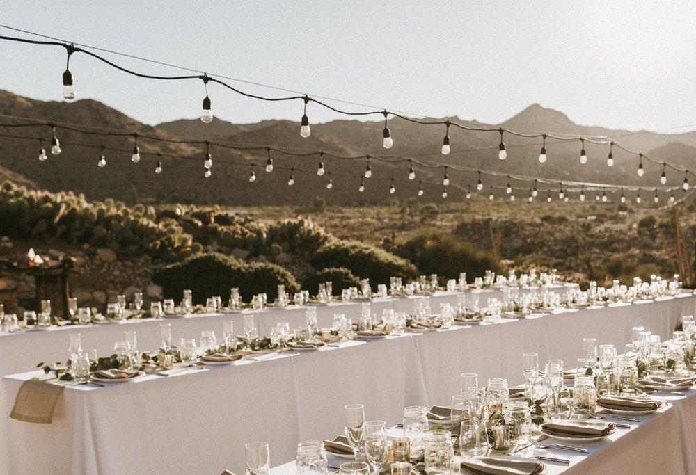 like-morning-sun-photography-sacred-sands-joshua-tree-california-wedding021.jpg