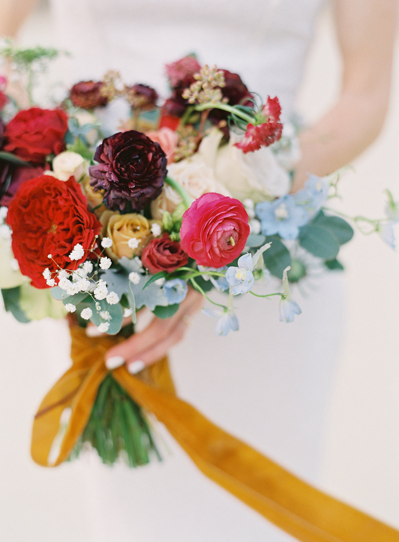 Stepahnie's November Bouquet- Photo by Sposto Photo