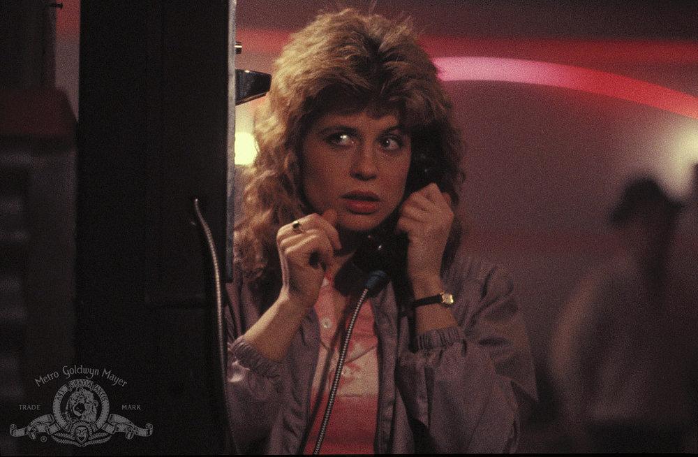 Frisyrerna är nästan det enda som vittnar om att denna film är peak 80's. Ett bevis på hur tidlös och modern den var och är.