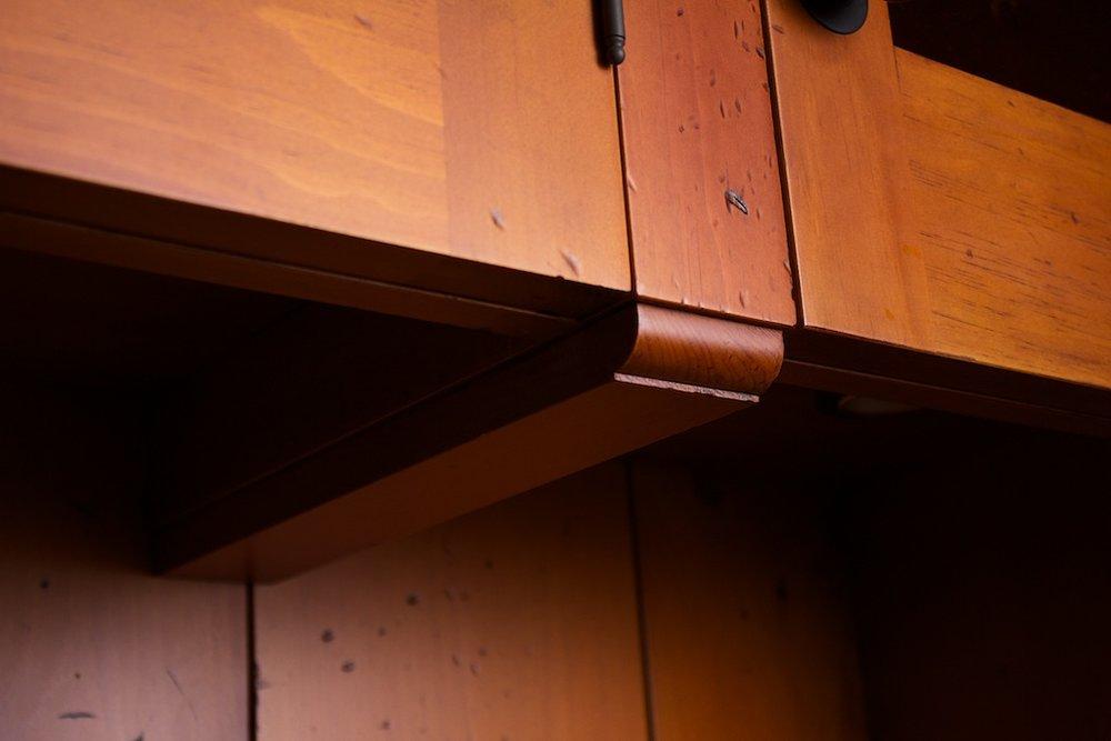 Aged Pine Wetbar 7.jpg