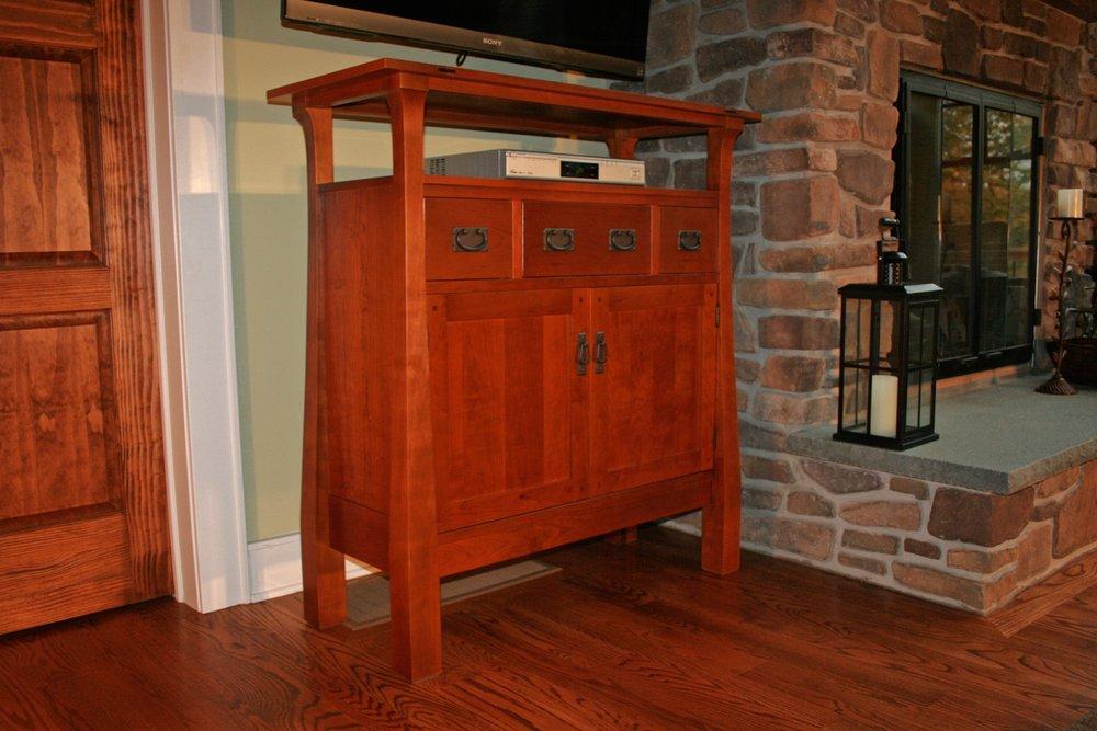 Craftsman Style TV Console 1.jpg