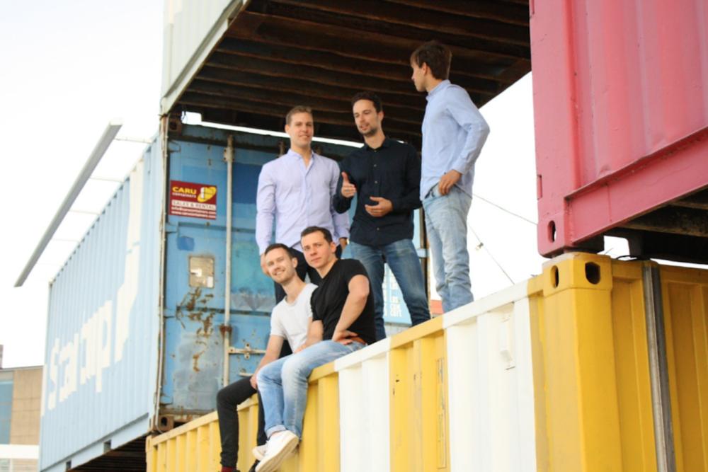 High (ltr): David Knap (Dyme), Joran Iedema (Dyme), Gijs Schot (ASIF)  Low (ltr): Wouter Florijn (Dyme), Dominik Walters (ASIF)