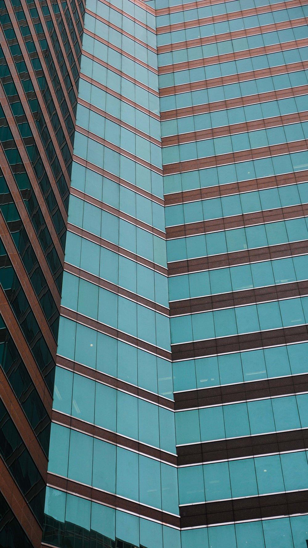 pol_tarres_adventures_honk_kong_verticals-04.jpg