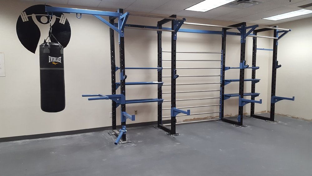- WALL RIGS
