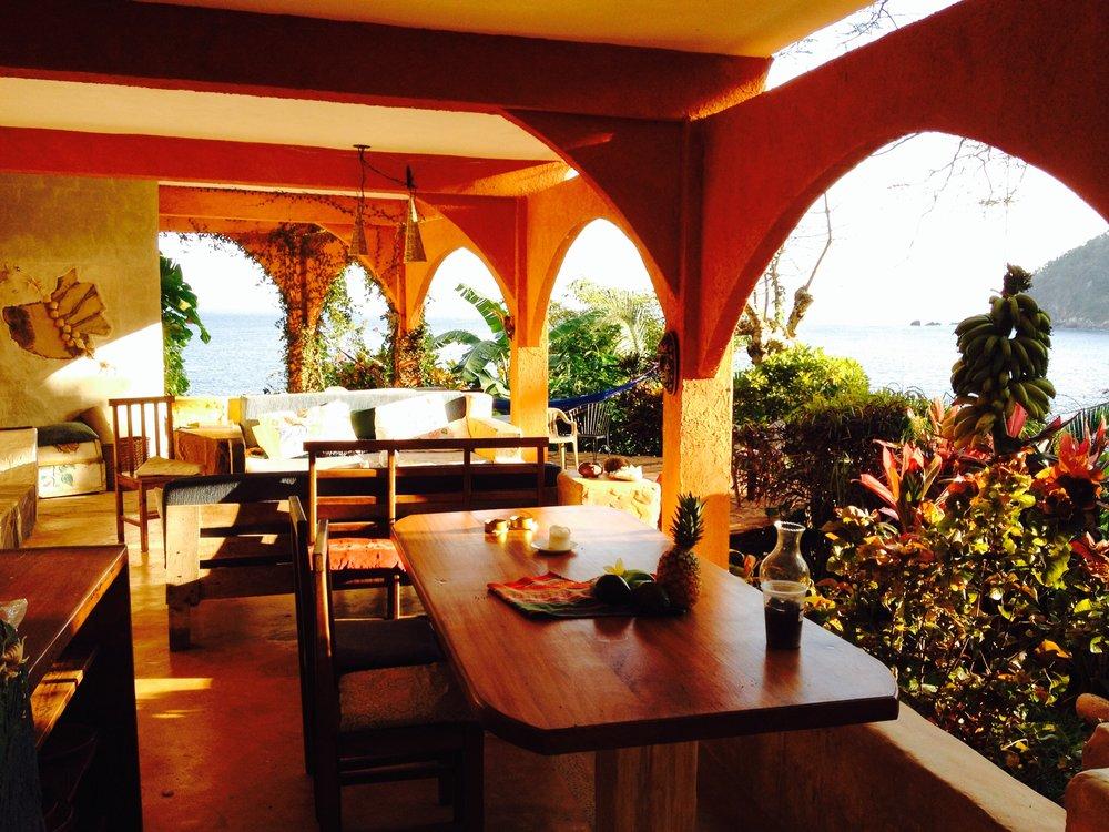Yelapa_Lounge2.jpg