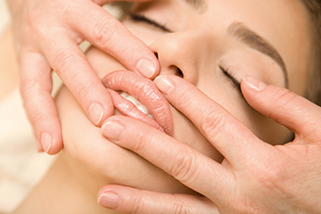 This features a safe and very effective hands-on technique that involves applying gentle sustained pressure.