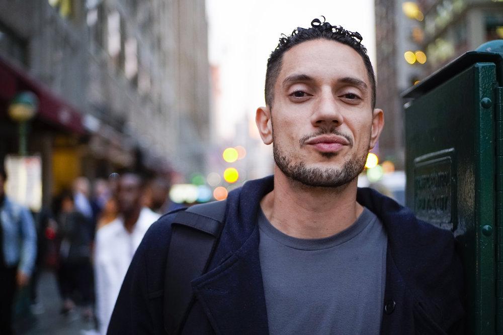 Omar Offendum portrait.jpg