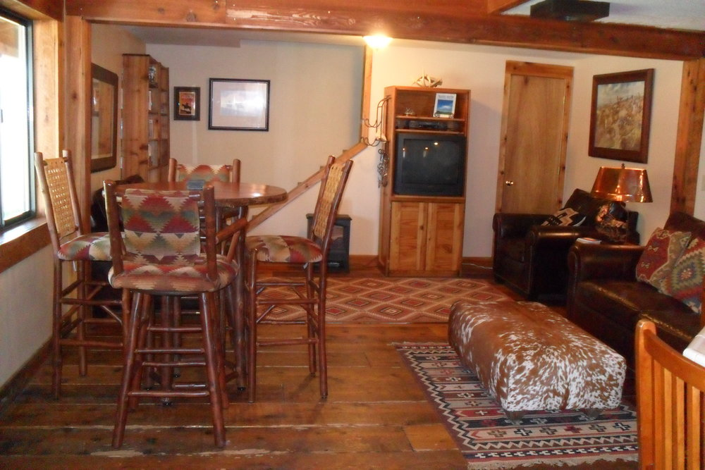 The Lodge West living area