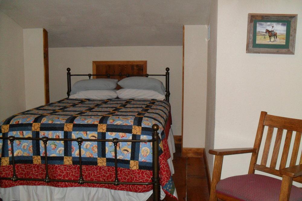 The Lodge West upper bedroom #3b