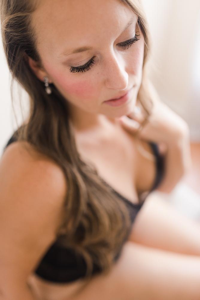 Rachel L. Boudoir-WG-122.jpg