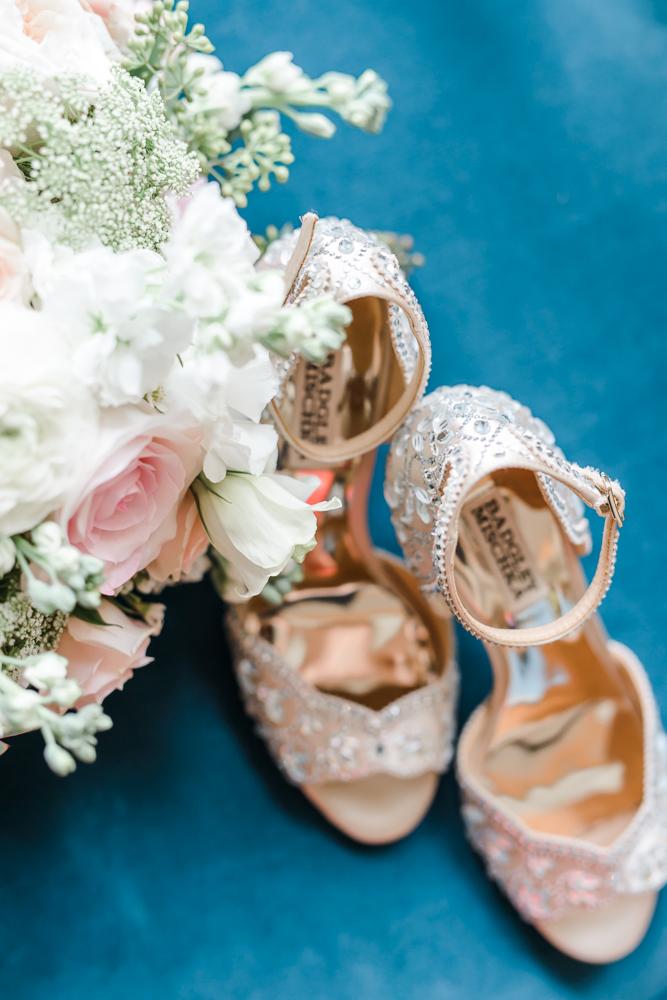 Intimate Sand Pearl Romantic Wedding-5.jpg