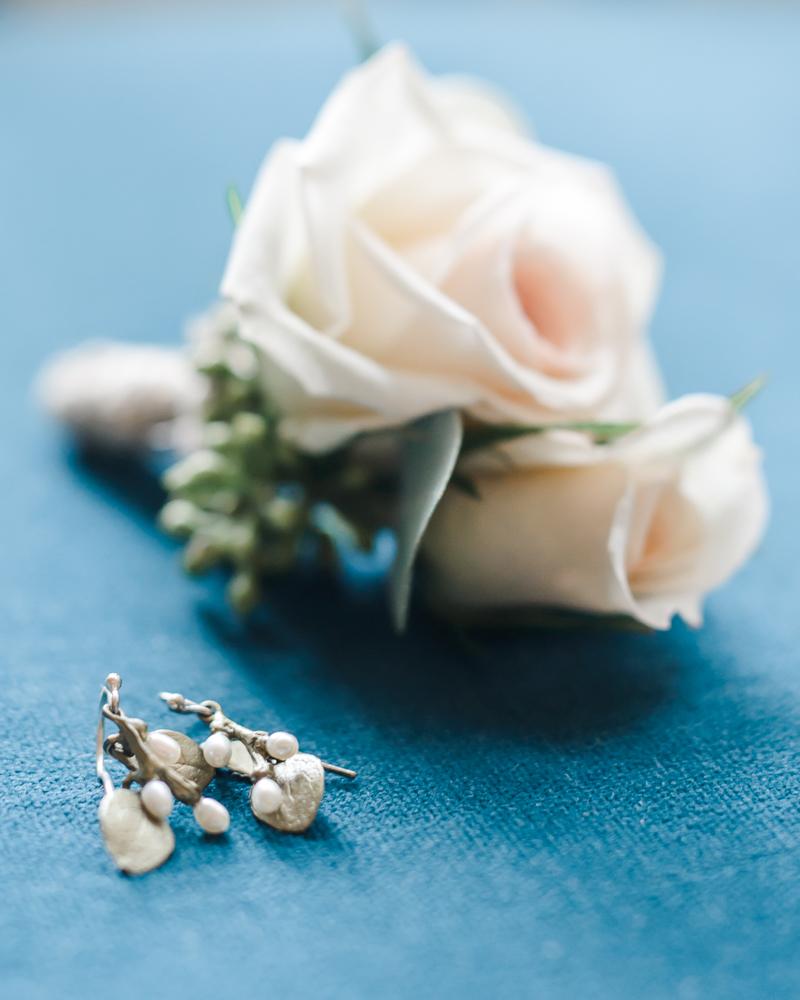 Intimate Sand Pearl Romantic Wedding-7.jpg
