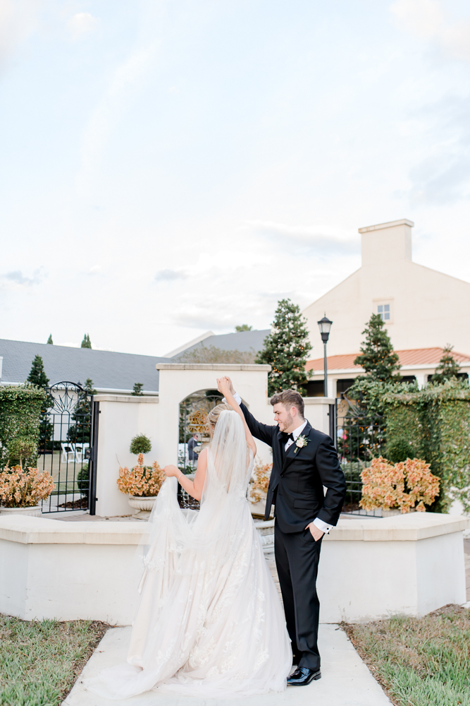 Modern and romantic wedding at Palmetto Club at FishHawk-77.jpg