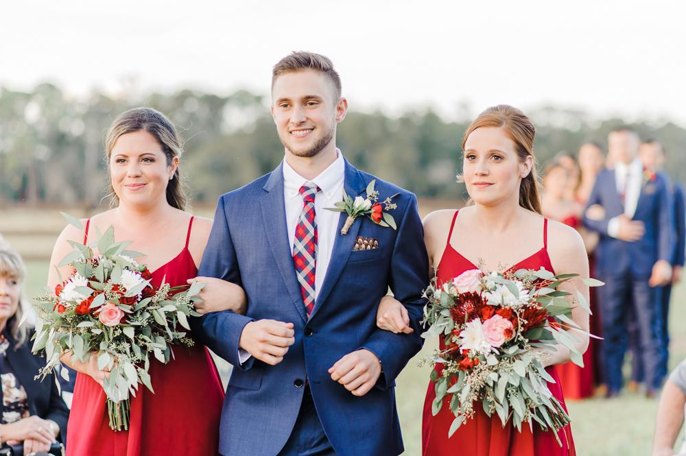Romantic Outdoor Barn Wedding-103.jpg
