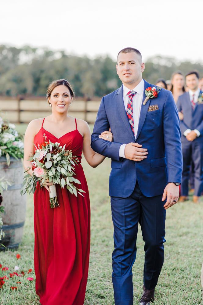 Romantic Outdoor Barn Wedding-104.jpg