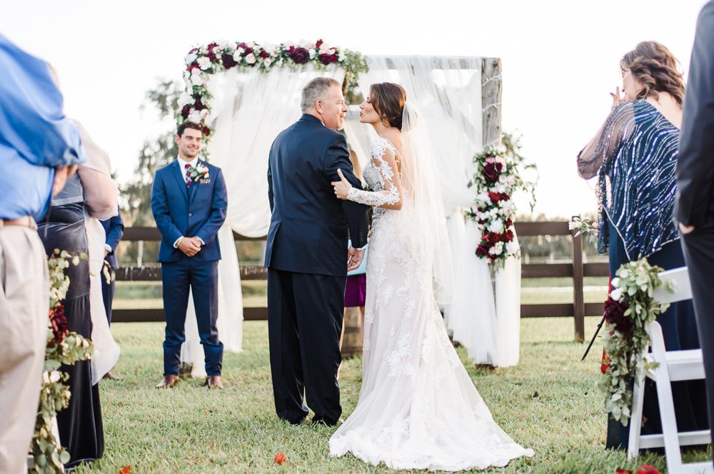 Romantic Outdoor Barn Wedding-113.jpg