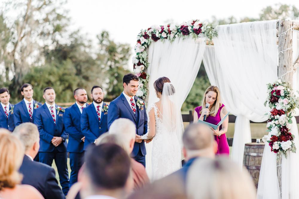Romantic Outdoor Barn Wedding-117.jpg