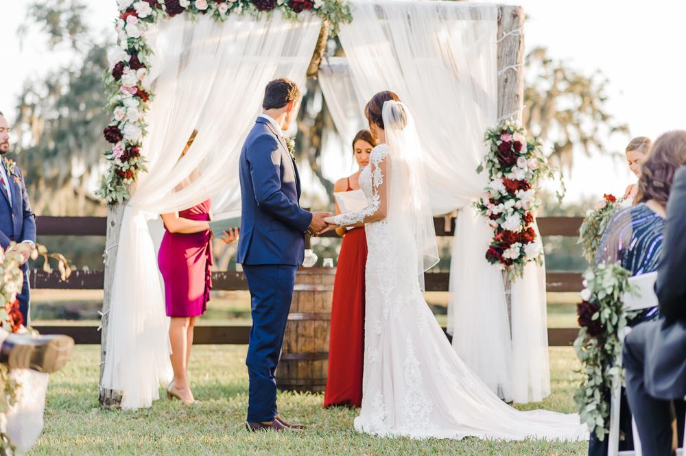 Romantic Outdoor Barn Wedding-120.jpg