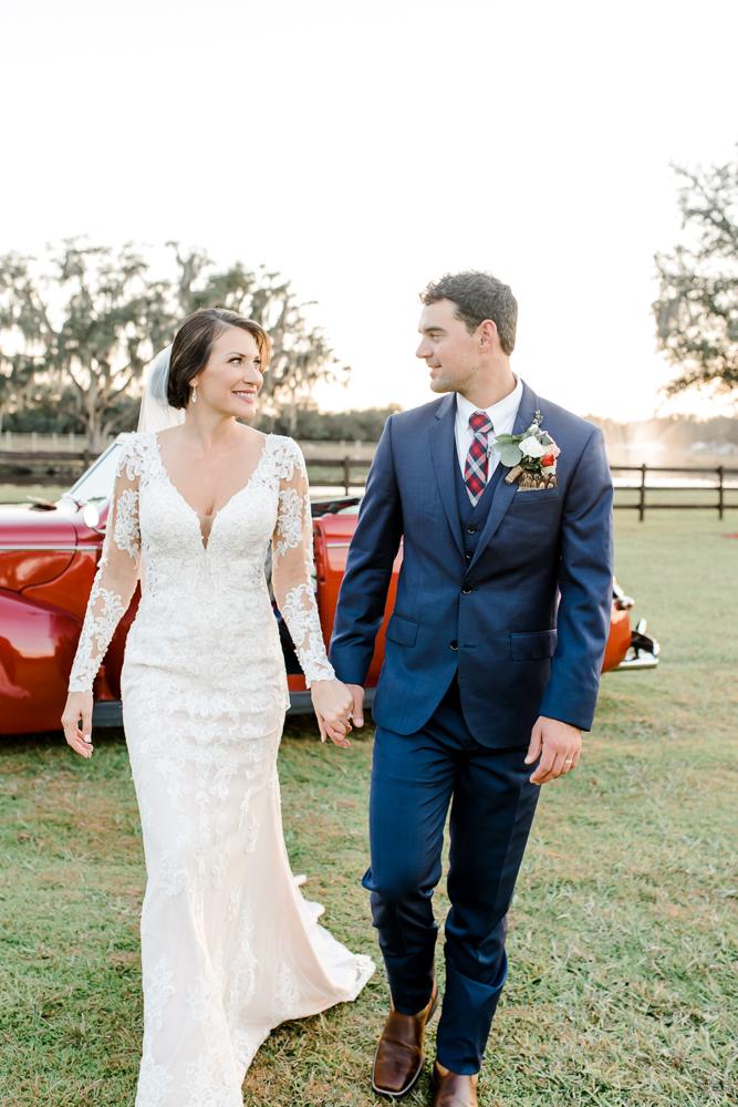 Romantic Outdoor Barn Wedding-135.jpg