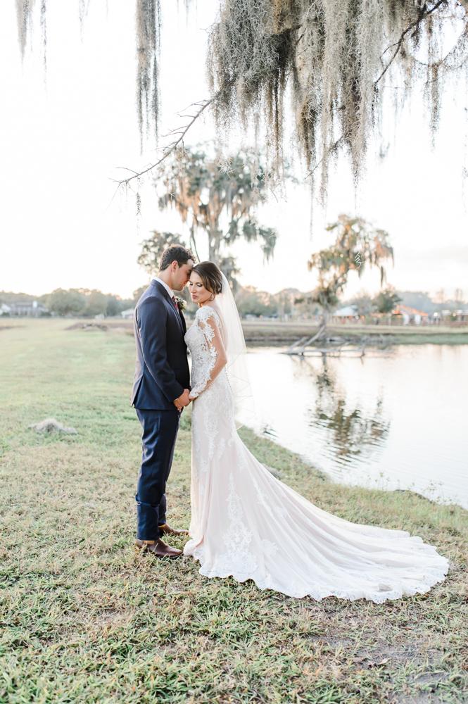 Romantic Outdoor Barn Wedding-148.jpg